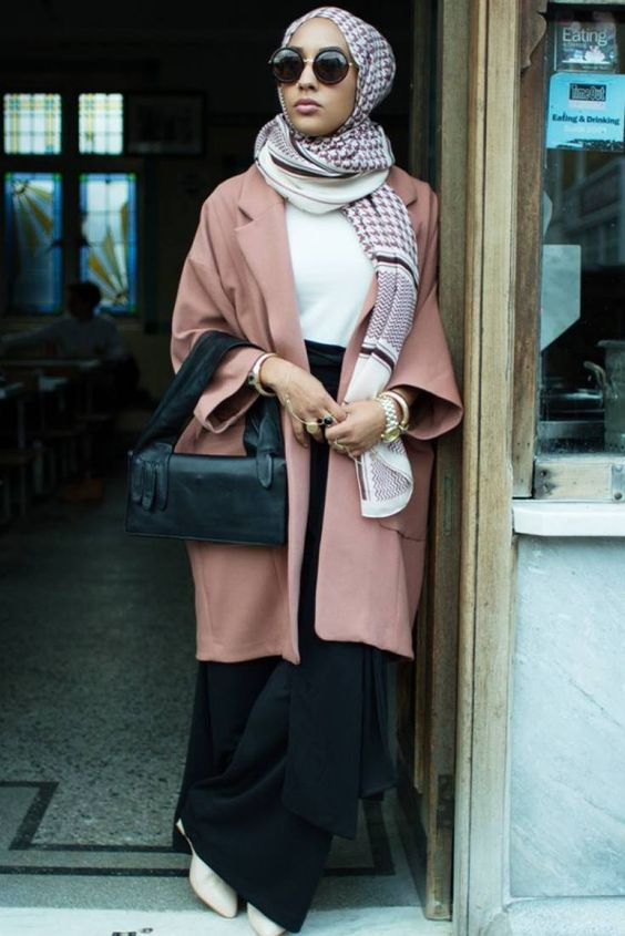 Check out these HM modest fashion line looks!
