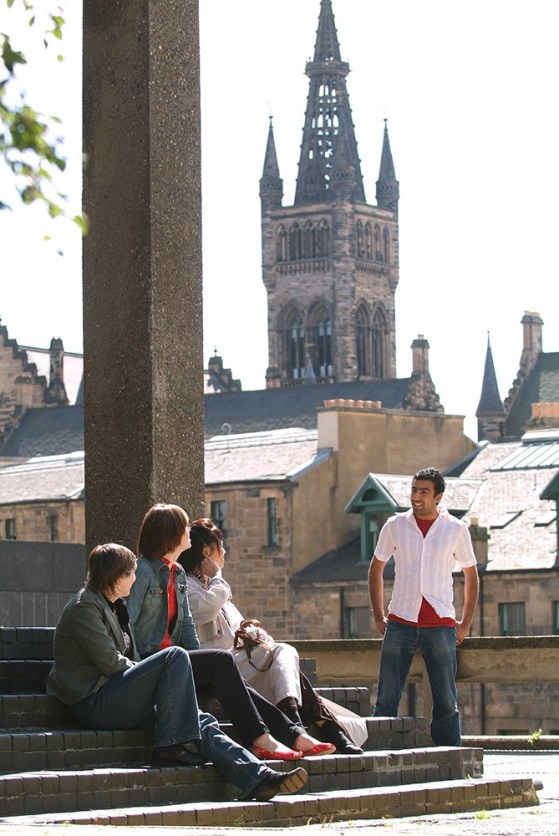 10 People You'll Always Run Into At University of Glasgow