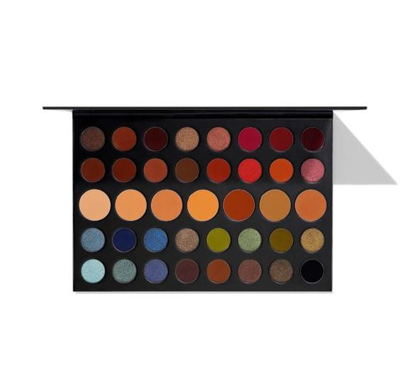 15 Makeup Gift Ideas For The Beauty Guru In Your Life