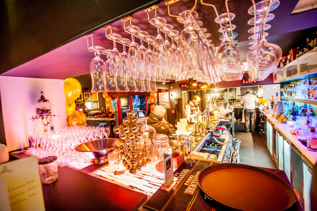 8 Of The Best Bars In Cardiff