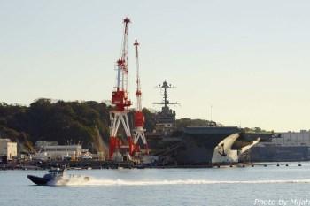 横須賀軍港201512