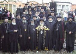 H.H. Pope Shenouda III Visiting the U.K. in 2006