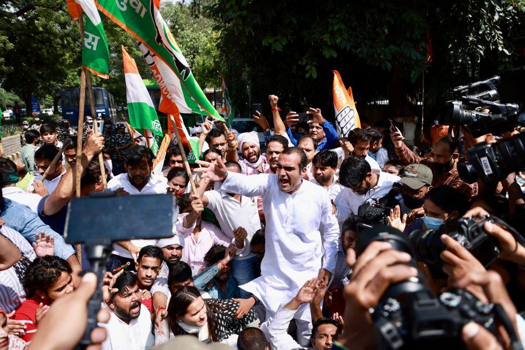بی جے پی بھارت میں جمہوریت کا قتل کر رہی ہے ، کانگریس