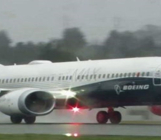 boeing 737 crash image and report