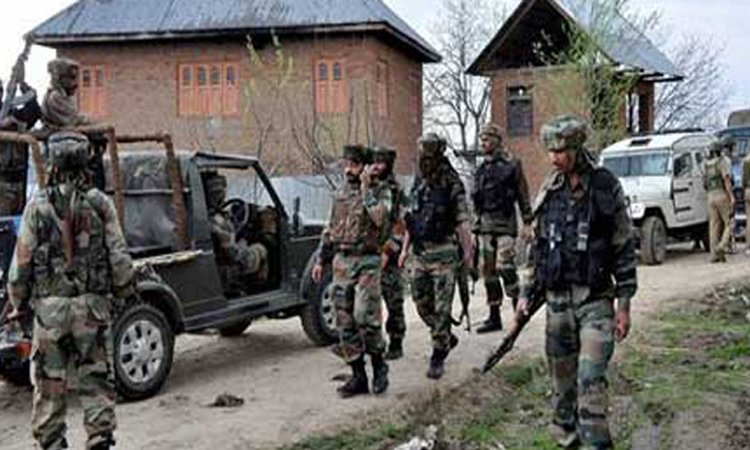 indian forces search operations in kashmir