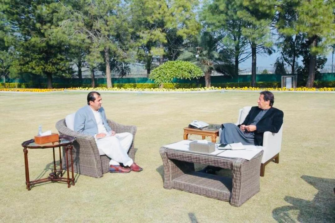 Gilgit-Baltistan Chief Minister Muhammad Khalid Khurshid Khan called on Prime Minister Imran Khan