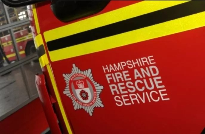firefighters-respond-to-cooker-fire-in-hayling-island