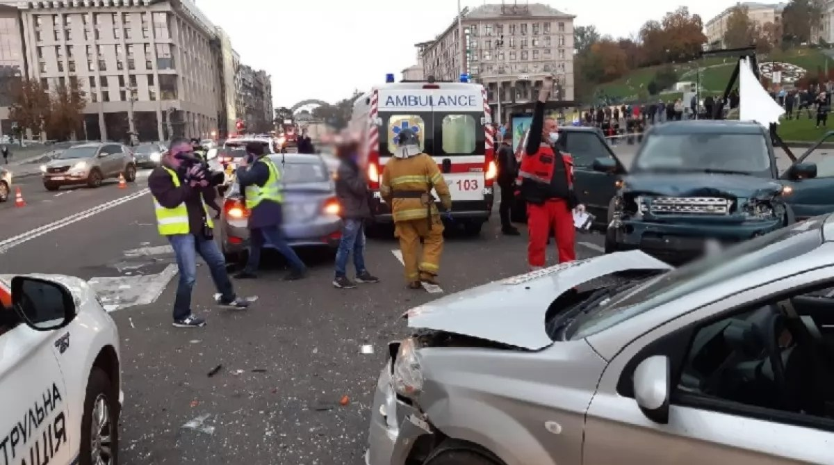 ДТП на Хрещатику — двоє людей загинули
