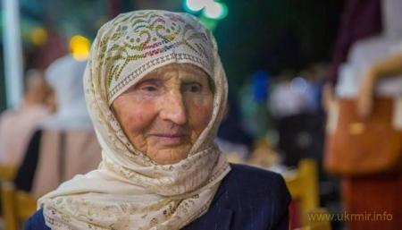 Представителя Путина в Крыму с позором прогнали с похорон активистки