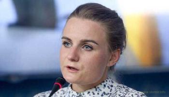 Бухая в хлам журналистка «Страна.юа» рассекала по ночному Киеву