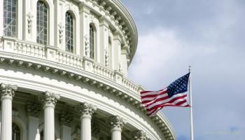 Сенат США принял резолюцию против снятия санкций с Дерипаски