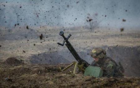 Перемирие на Донбассе продлилось сутки: Боевики провели обстрел в направлении Луганского
