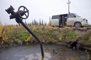 В РФ рухнула добыча нефти, а за ней под откос пойдет и ВВП
