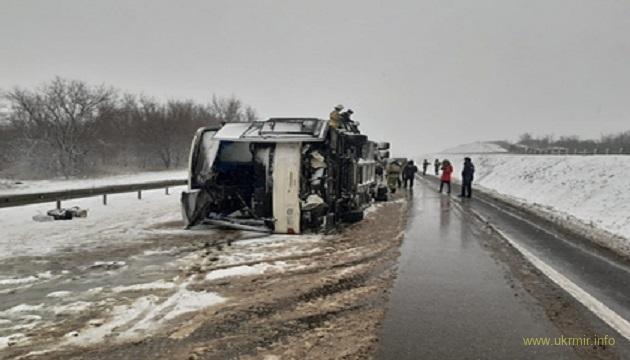 Третий за сутки автобус с пассажирами разбился на российской трассе