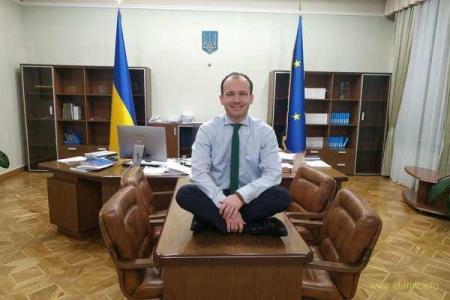 Ворота повернення чиновників часів Януковича майже відкриті