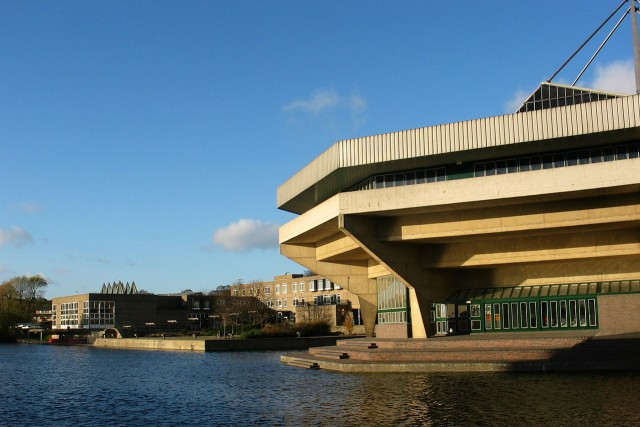 1280px-University-of-york_central-hall-view