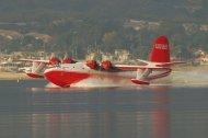 Martin_Mars_flugboot_Wasserstart.jpg.6598982