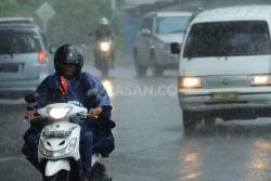 Info Update Cuaca di Kepri, BMKG: Waspada Hujan, Petir dan Angin Kencang