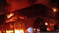 Gudang Elektronik Mangga Dua Terbakar