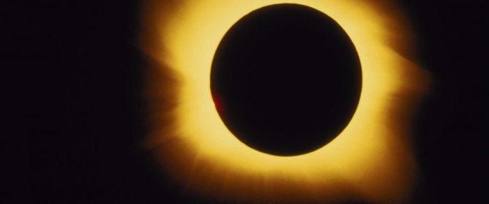 total-eclipse-sun-gty-mem-170818_31x13_992