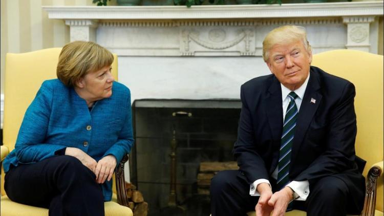 Angela Merkel und Donald Trump warten auf Ulf