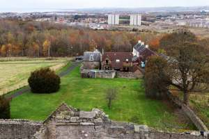 "<img src=""Craigmillar-Castle-Edinburgh ''.png"" alt=""Замок Крейгмиллар, Эдинбург"">"