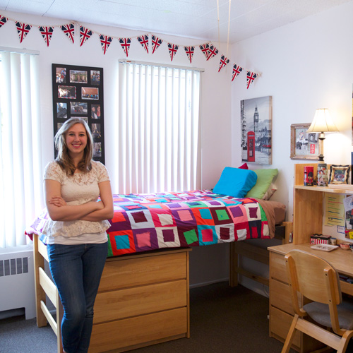 nicqelle s top 5 dorm room decorating tips ulife