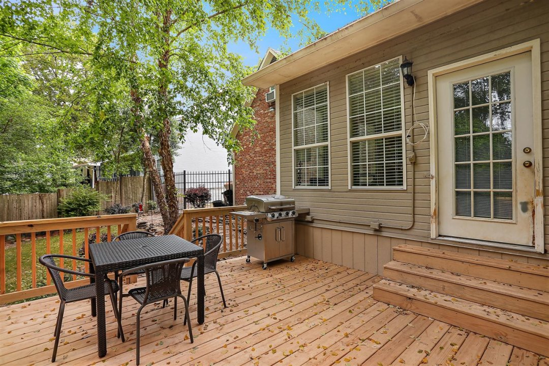 36-693 Country Pl Dr
