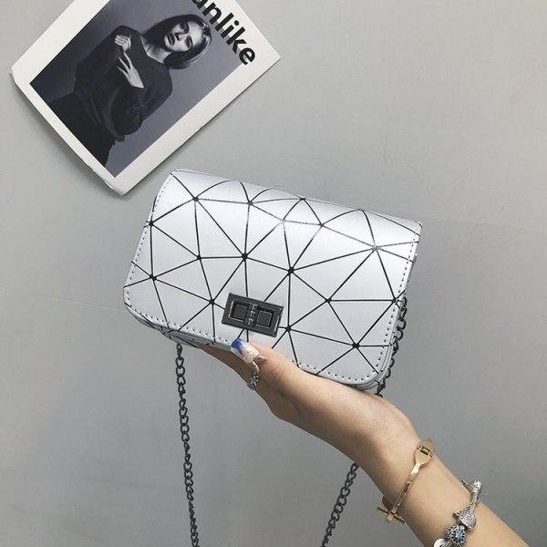 Women Fashionable Shoulder Bags