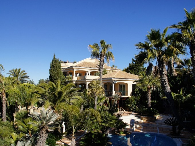 Luxury Villa Mana for unforgettable vacation in Algarve, Portugal