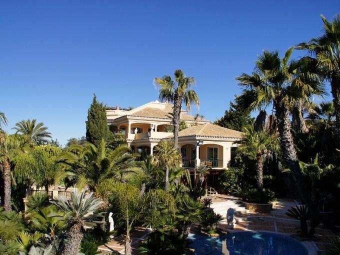 Luxury Villa Mana for unforgettable vacation in Algarve, Portugal