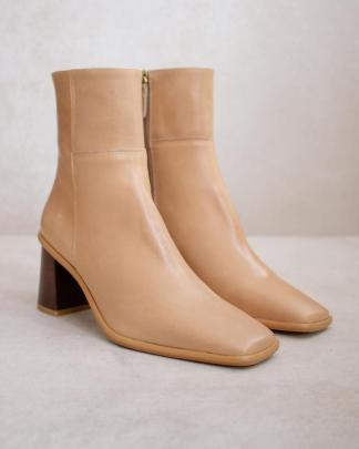 West Boots Beige