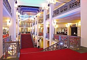 Friedrichstadtpalast