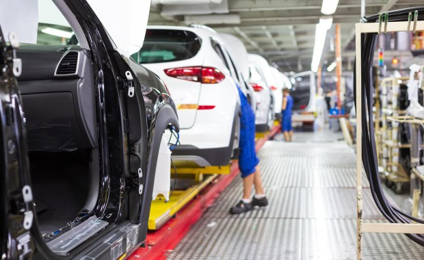 Soluciones de monitoreo de procesos de producción automotriz