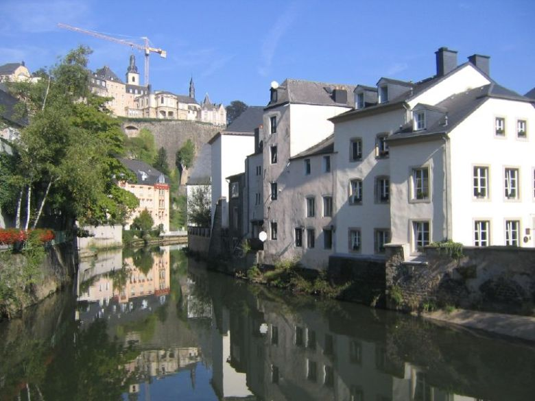 Mosconi Restaurant (far right) on the River Alzette