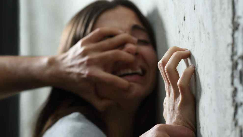adolescente abusada
