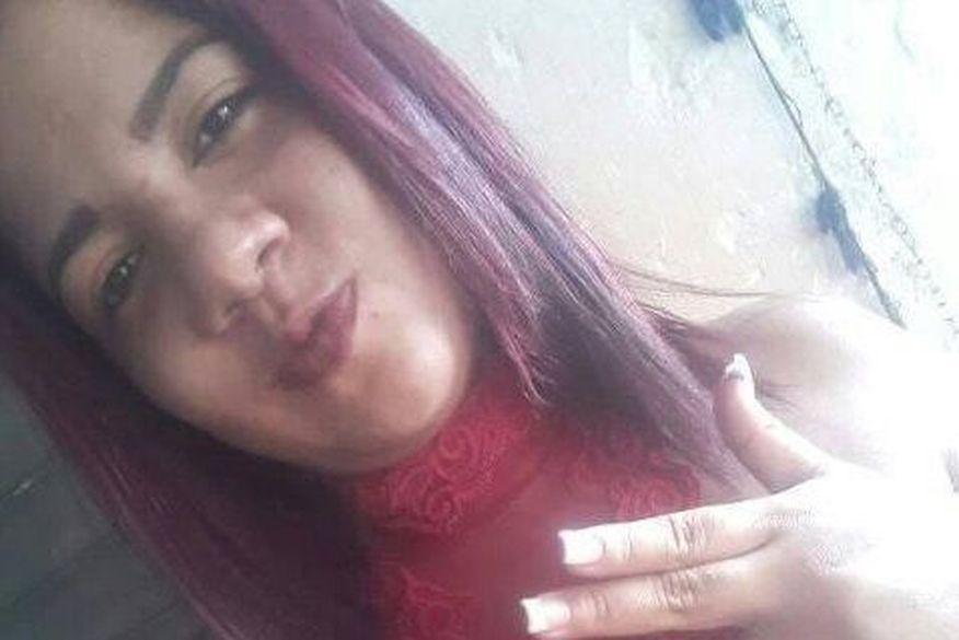 Mulher é assassinada por dois homens em uma moto  em Bayeux
