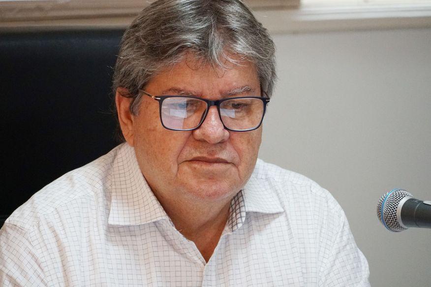 ?Nilvan Ferreira acusa Cartaxo e Azevêdo de quebrar a economia da Paraíba durante pandemia