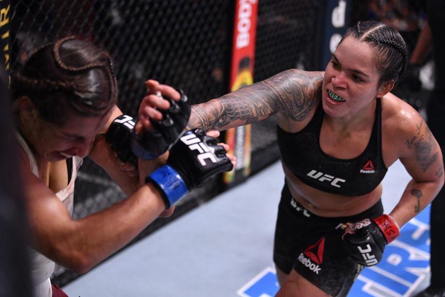 Amanda Nunes vence Felicia Spencer e mantém cinturão do UFC