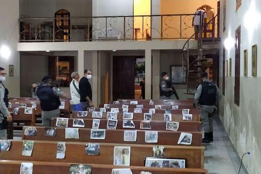 Dois suspeitos são presos após arrombar igreja e roubar dinheiro da contribuição dos fieis em Amparo
