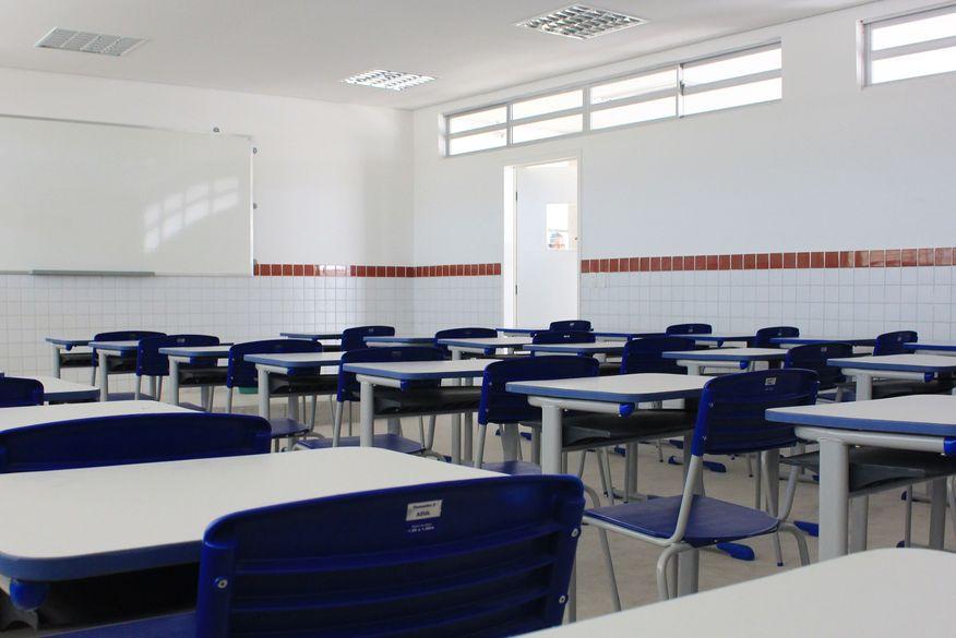 Com pouco dinheirto e calendário apertado, Estados discutem como retomar ensino
