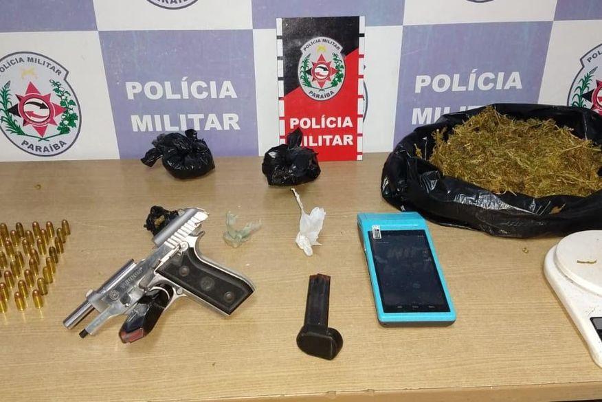 Polícia Militar prende suspeitos por tráfico de drogas e apreende armas em Cabedelo e João Pessoa