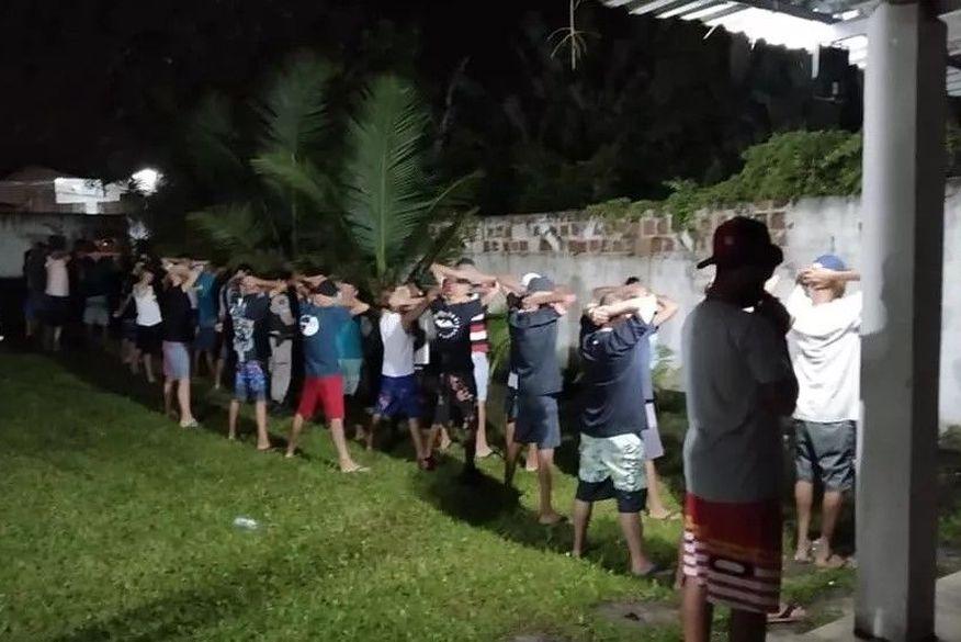 Polícia Militar encerra festa com drogas e pelo menos 100 convidados, em João Pessoa