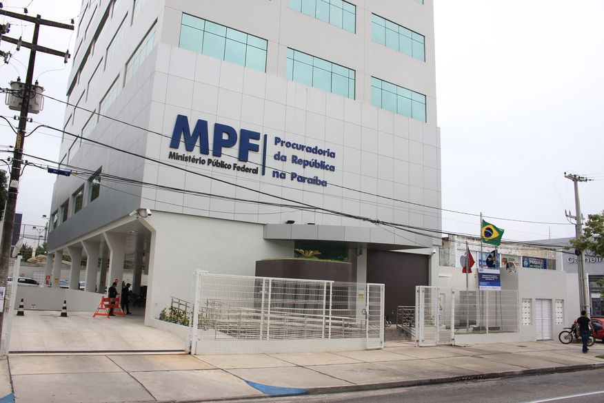 Ministério Público Federal denuncia ex-prefeita de Patos, Francisca Mota, por não recolher contribuições previdenciárias