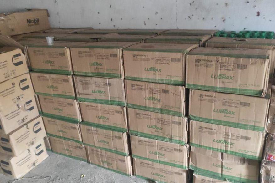 Trio é preso por receptação e mais de oito toneladas de produtos automotivos são apreendidos na Paraíba