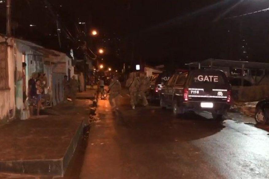 Polícia encerra festa e prende foragido da Justiça no bairro São José, em João Pessoa
