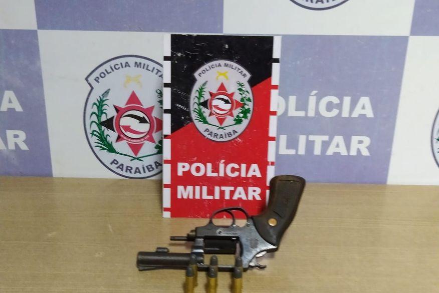 Homem é preso por porte ilegal de arma de fogo em João Pessoa