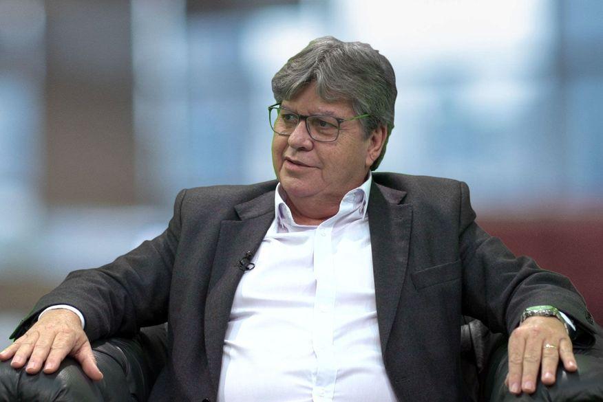Após anunciar aliança com Progressistas, João Azevêdo deverá indicar vice de Cícero Lucena em breve