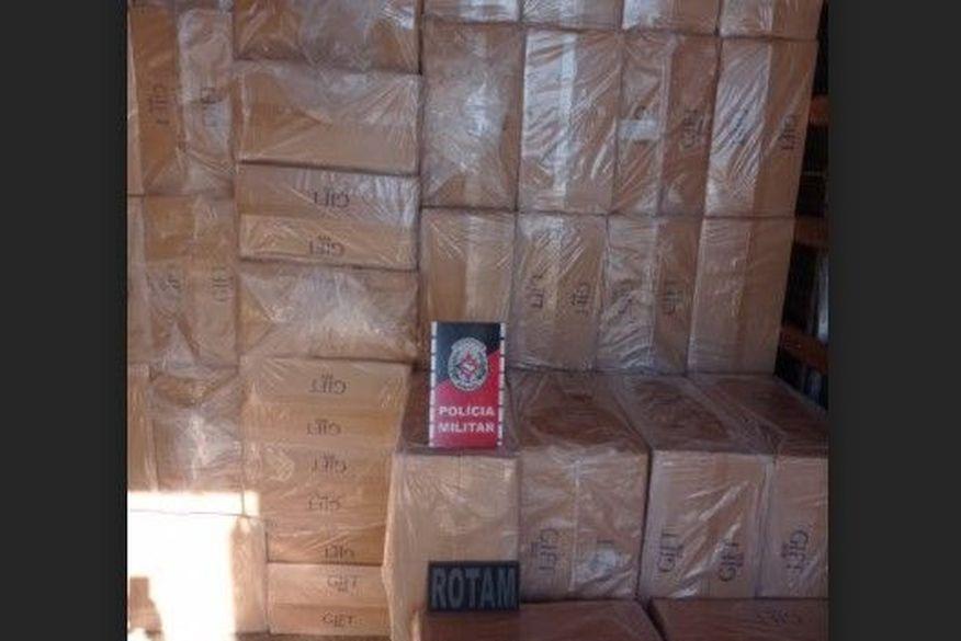 Carga de cigarros contrabandeados avaliada em R$ 2 milhões é apreendida no Sertão paraibano