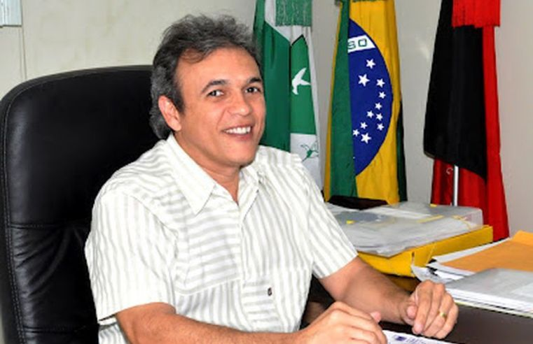 Justiça Federal condena prefeito de Esperança a 7 anos de prisão por irregularidades na administração